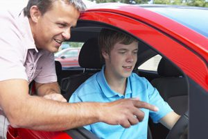 Top Tips for Learner Drivers and their Parents | Boy learning how to drive